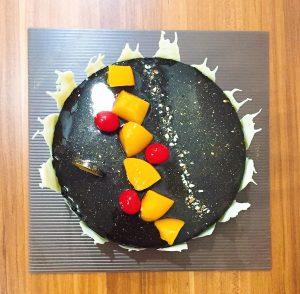 Cherry and Peach Chocolate Cake / Bolu Coklat Buah