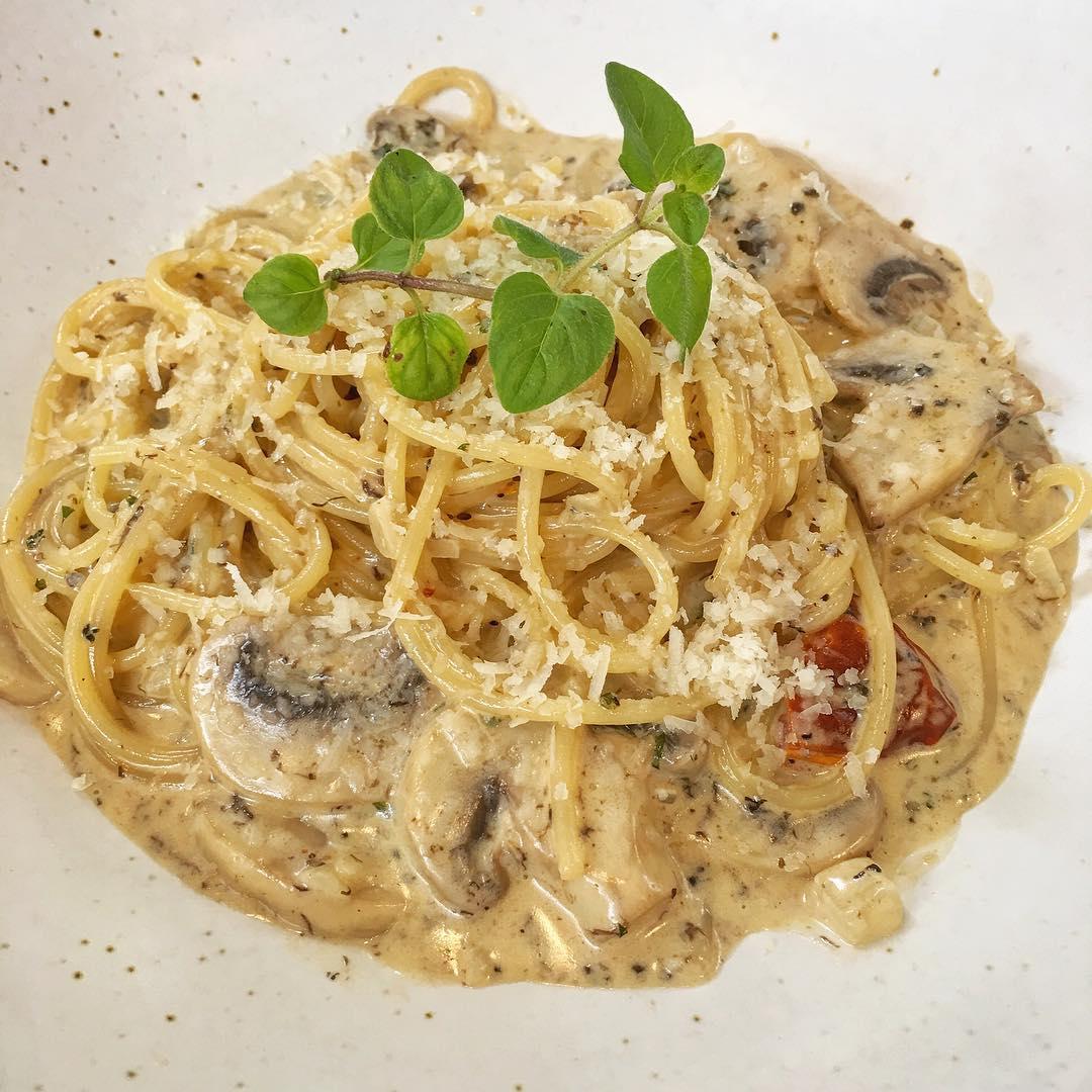 Resep Spaghetti Ayam Creamy