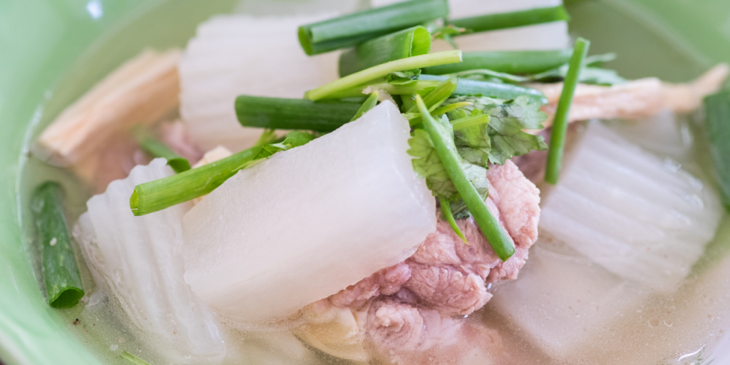 Resep Sup Lobak Putih dan Tips Memilih Lobak